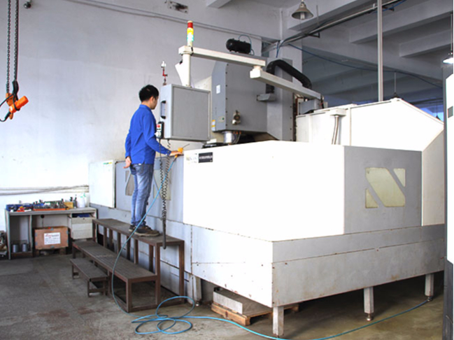 Precision machinin CNC equipment
