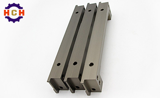 What are the characteristics of CNC precision machining?