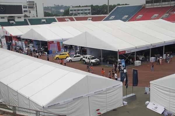 600-400auto show