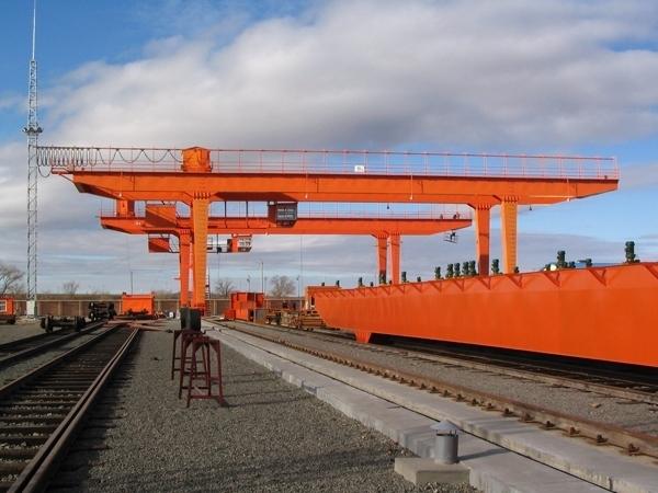 gantry crane (139)