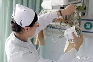 忙碌的护士