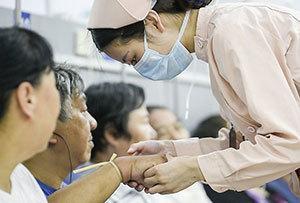 工作中的护士