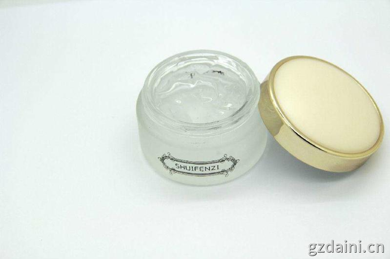 广州化妆品原液oem的两点发展趋势