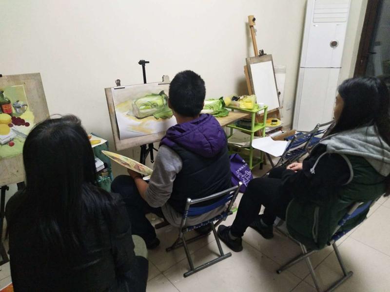 北京通州苏坨新村成人画室