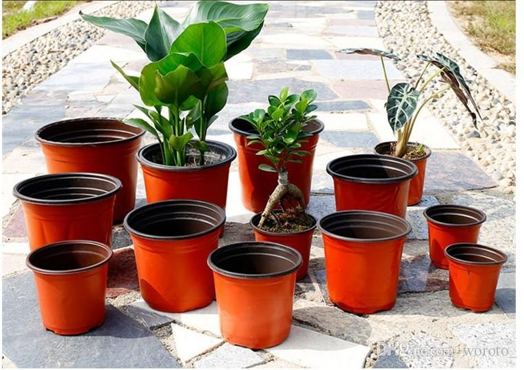 Greenhouse 7 Inch Plastic Plant Pots In Bulk UK