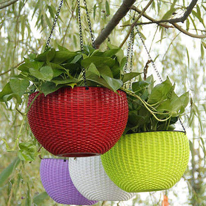 Bulk Buy Cheap Green Plastic Hanging Baskets