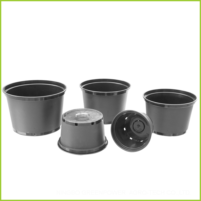 Black Five Gallon Plastic Plant Growing Containers