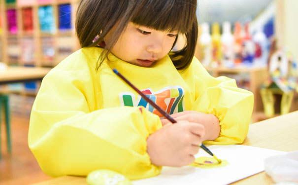 儿童美术教育应当以培养思维为主