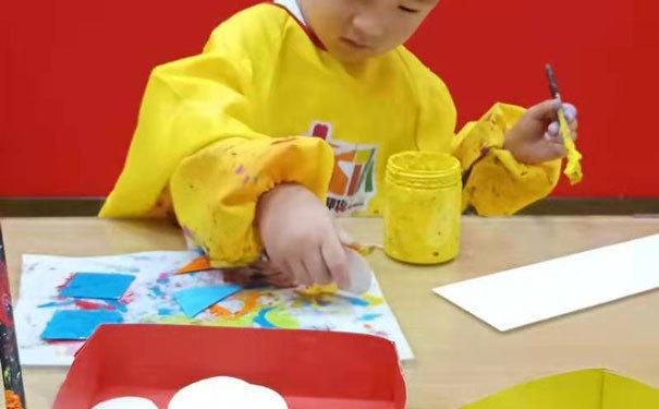 卫斯塔绘画教育促进左右脑开发