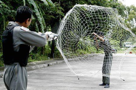 捕网器,捕捉网,射网器,防暴捕捉网