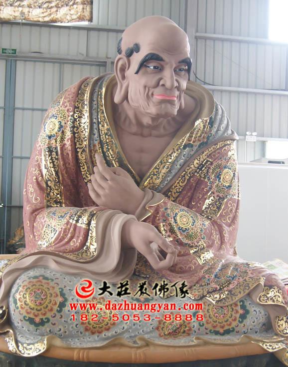 那迦犀那尊者侧面彩绘塑像