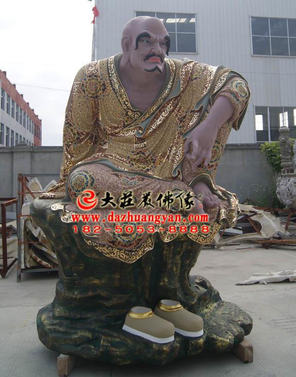罗怙罗尊者侧面彩绘塑像