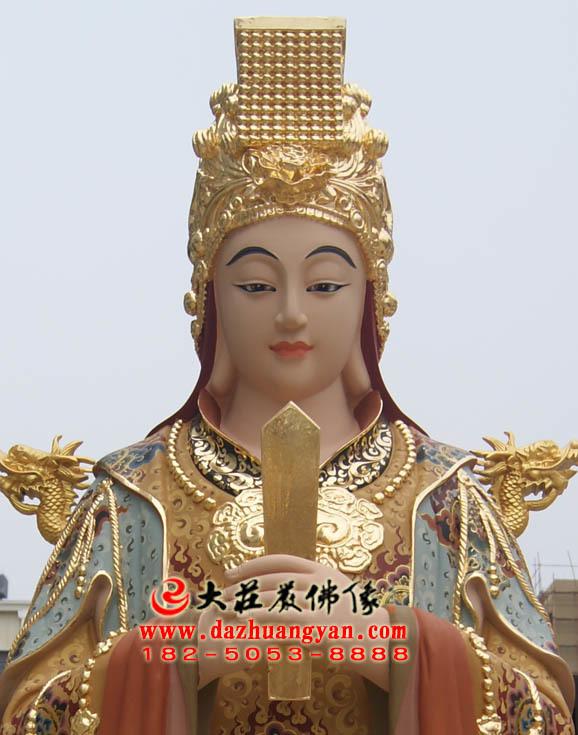 铜雕李三娘彩绘神像近照