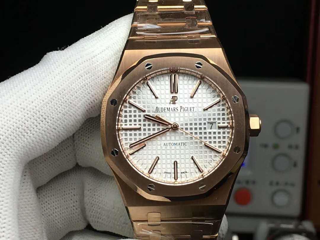 爱彼手表——创新和『老师傅的一双手』