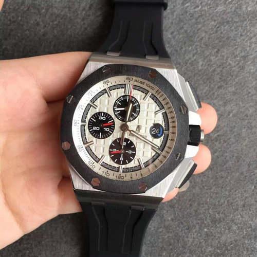 n厂v7高仿手表 表扣为磨砂表扣