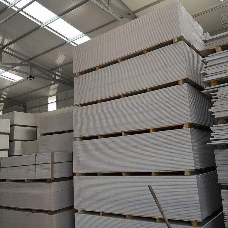 钢结构包覆防火板安装方法