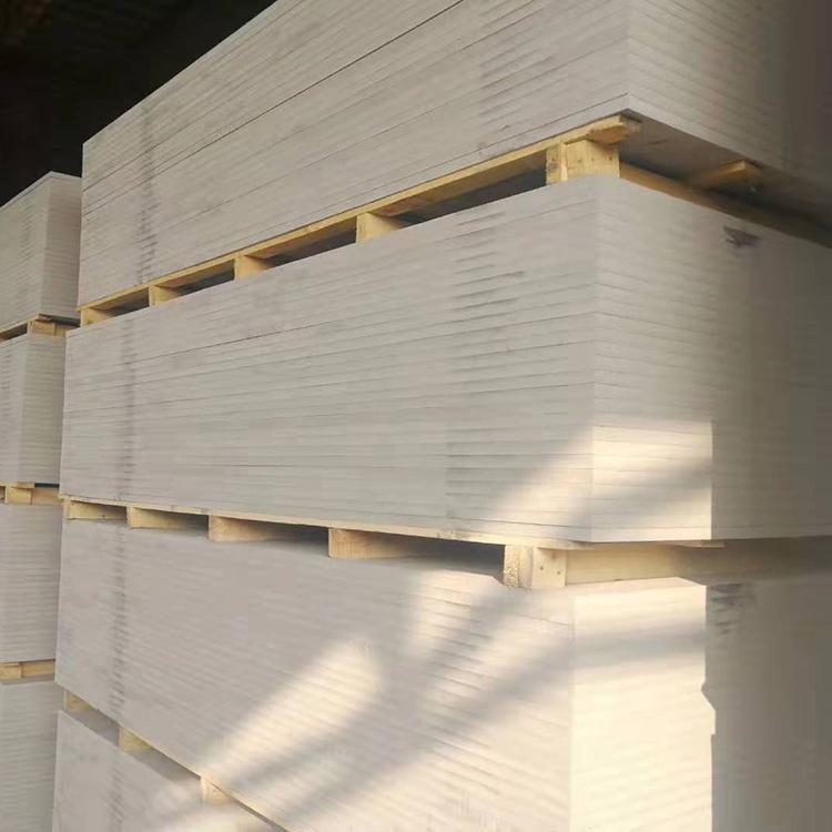 纤维增强硅酸盐防火板是什么板?