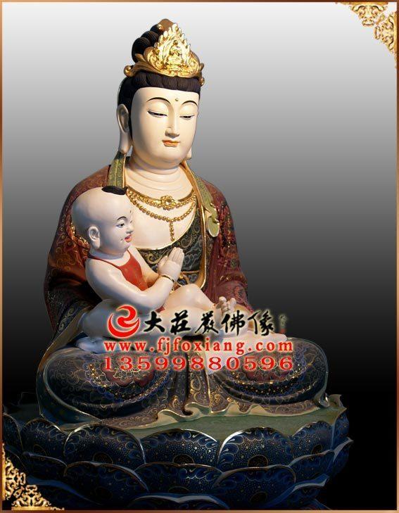 送子菩萨彩绘铜像侧面实拍