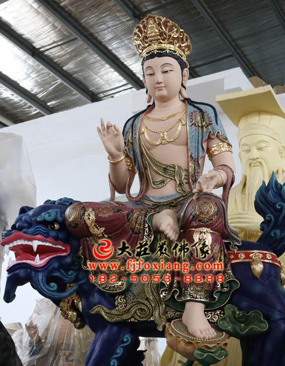 彩绘铜像文殊菩萨侧面近照塑像