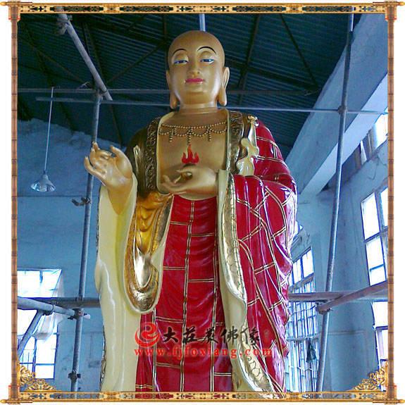 铜像地藏王菩萨近照彩绘描金佛像
