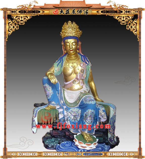 铜雕水月观音彩绘描金塑像