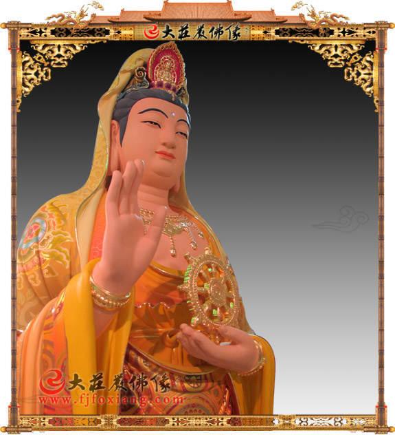 彩绘描金持法轮观音菩萨侧面近照塑像