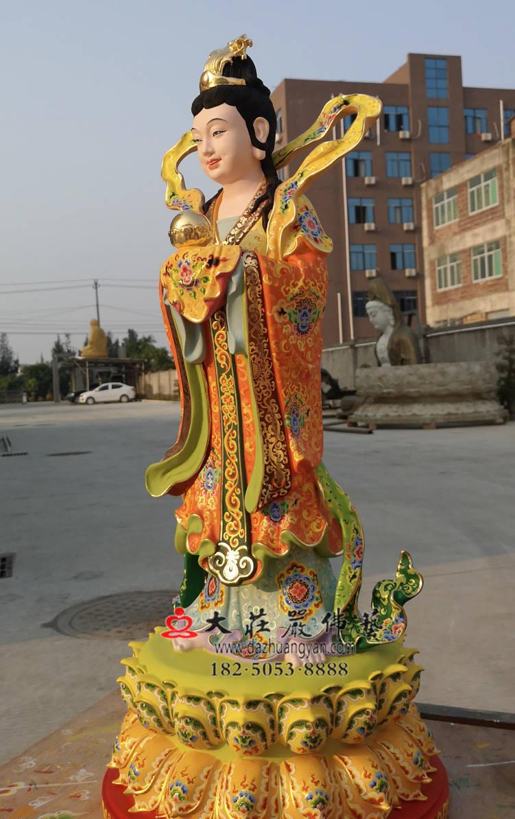 铜雕彩绘描金龙女侧面整体塑像