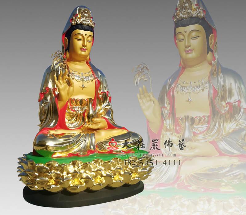 铜像观世音菩萨侧面贴金佛像