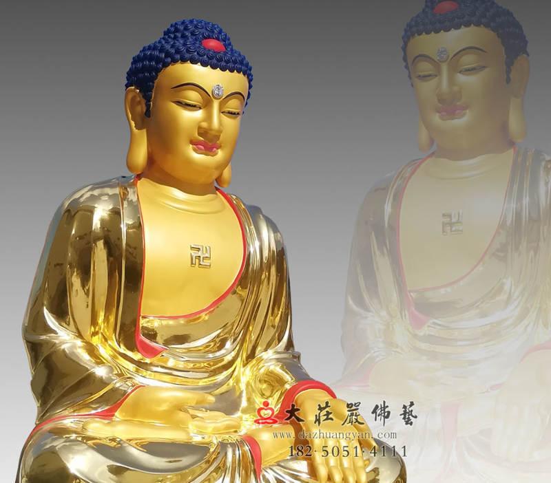 铜雕五方佛之阿閦佛侧面近照贴金佛像
