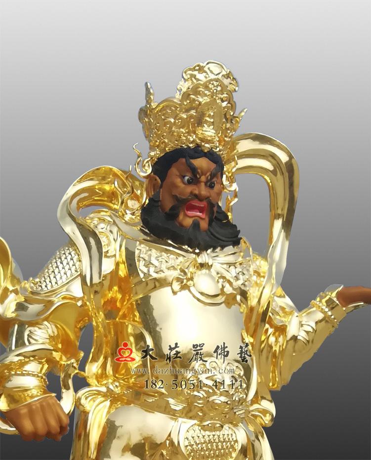 铜像四大天王之贴金广目天王侧面近照