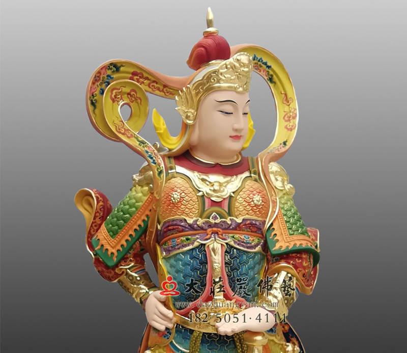 铜像韦陀菩萨彩绘侧面近照