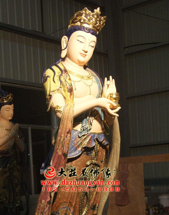 铜像八大菩萨之地藏菩萨彩绘佛像侧面近照