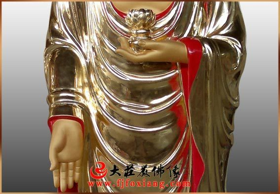 铜雕西方三圣(铜雕阿弥陀佛局部)
