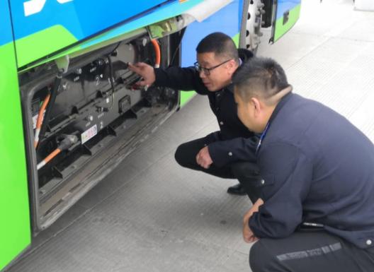 重庆公交集团利用GPS定位监控系统管控车辆安全运营