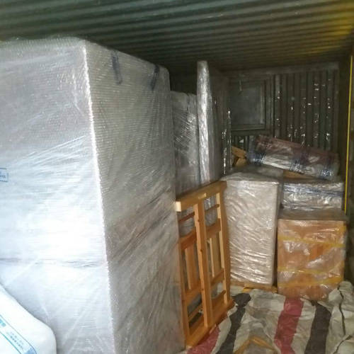 上海搬家公司车厢内包装展示
