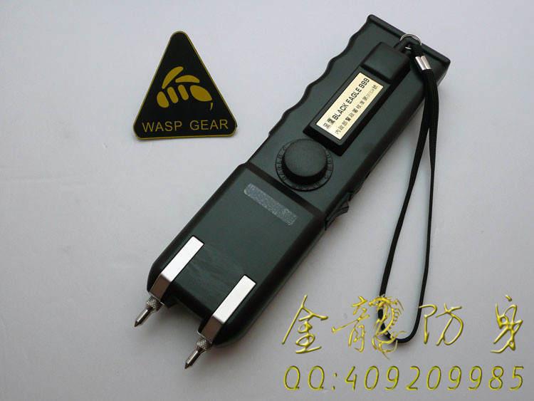 台湾军警装配欧士达-大黑鹰,OSTAR-999型电击器