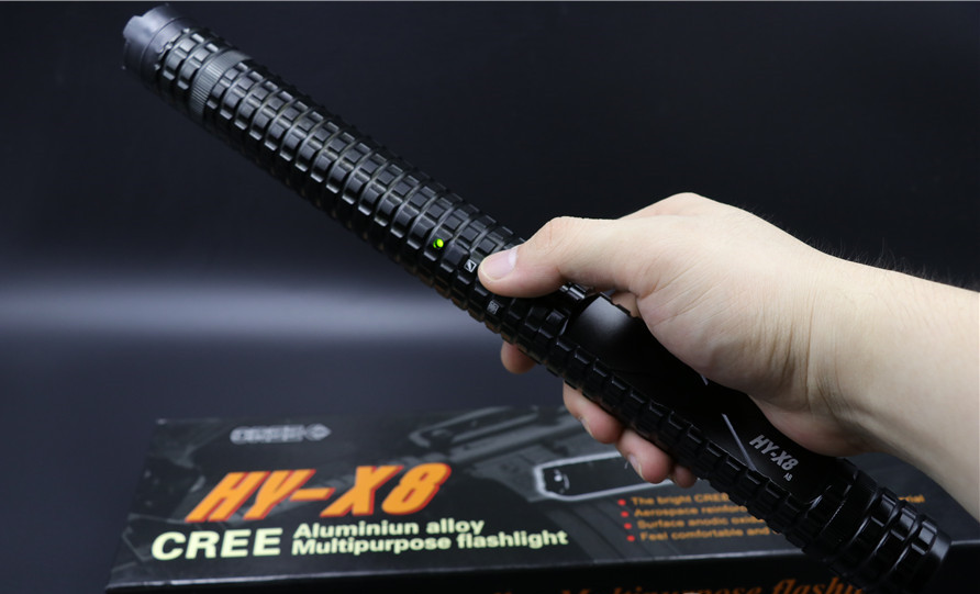 2013款黑鹰X8超级合金锂电电击棍