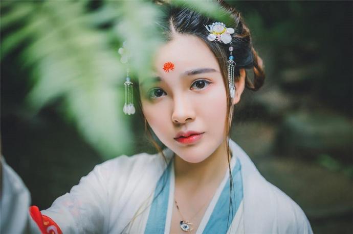 她阴差阳错成为叶景琰的妻,可这之后的生活竟是她万万没想到的劫难……