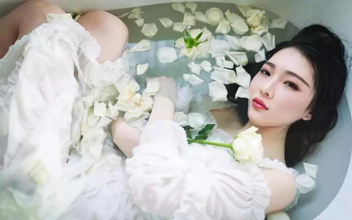 曾数潇湘佳人泪:她遇到纨绔不羁风流花心的集团继承人