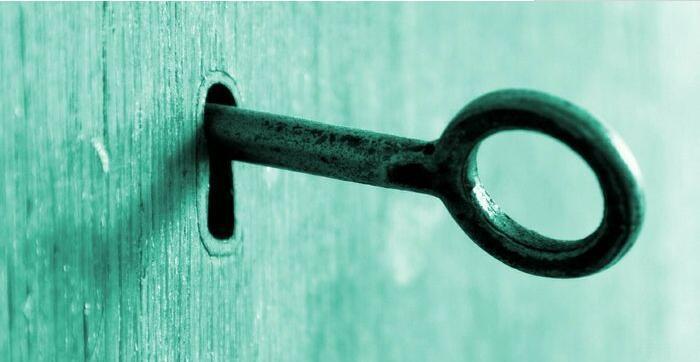 三更半夜,鬼魂上门讨要钥匙,不料这钥匙竟然是......