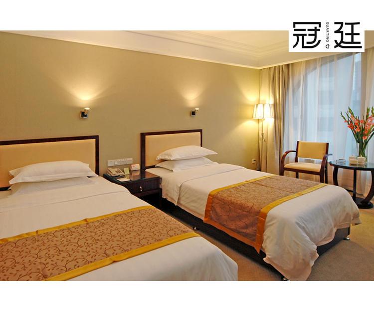 酒店标准间客房家具