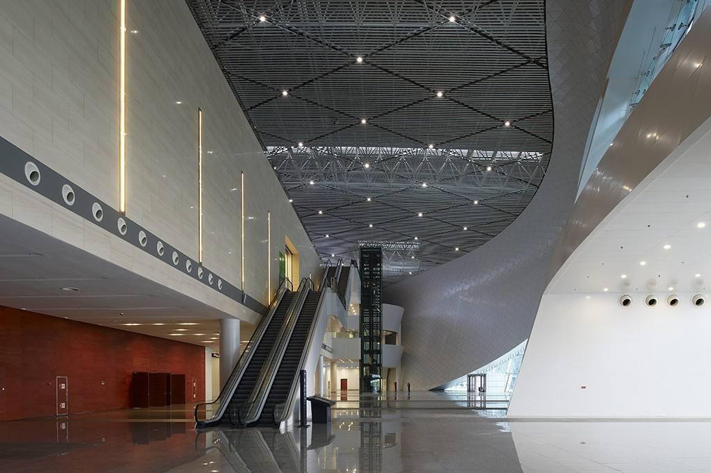 上海无机预涂板——会展中心项目